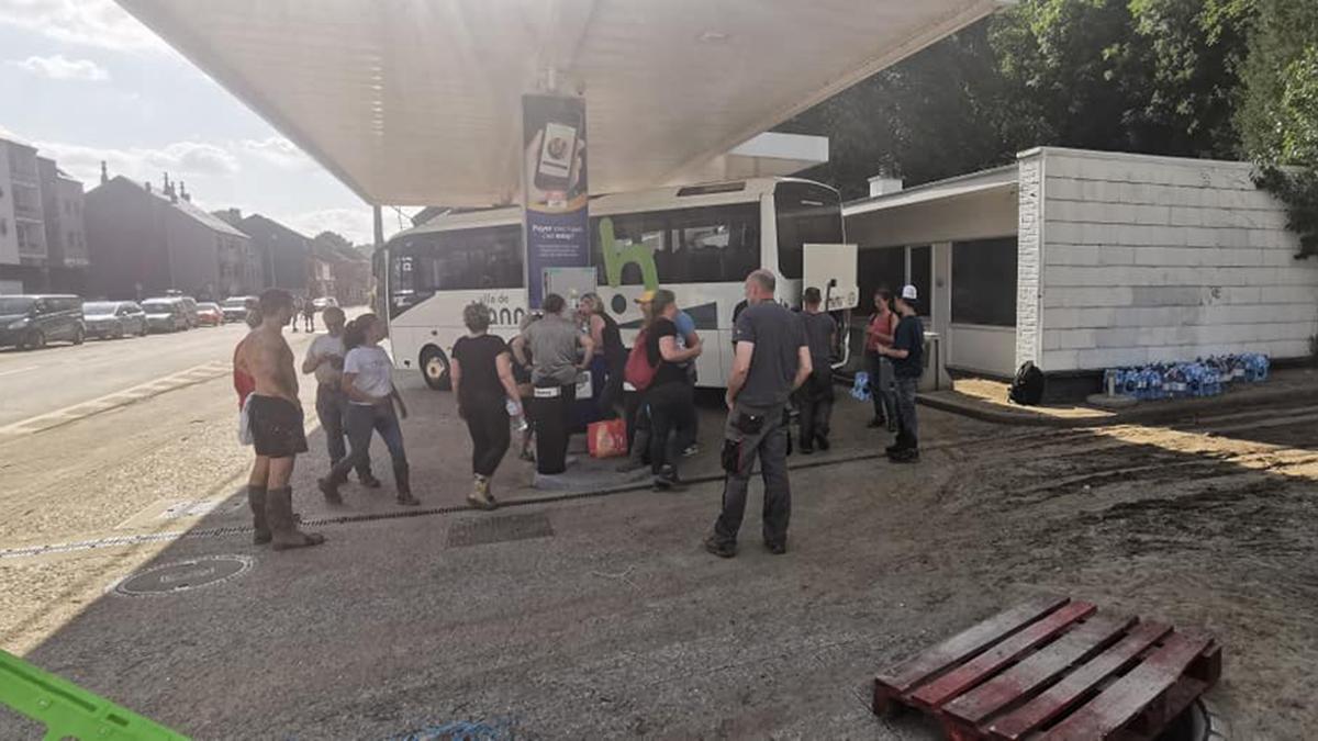 Bus_Hannut_Inondations
